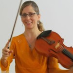 Tatjana discusses her bow and viola (in German!)