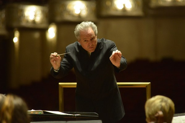 Manfred Honeck Conducts Beethoven to Close 2016-2017 BNY Mellon Grand Classics Season